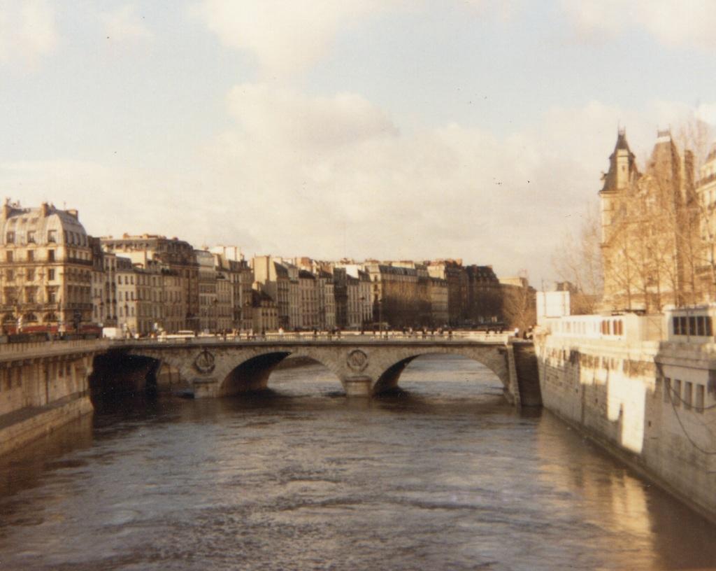 Paris 2 The Seine