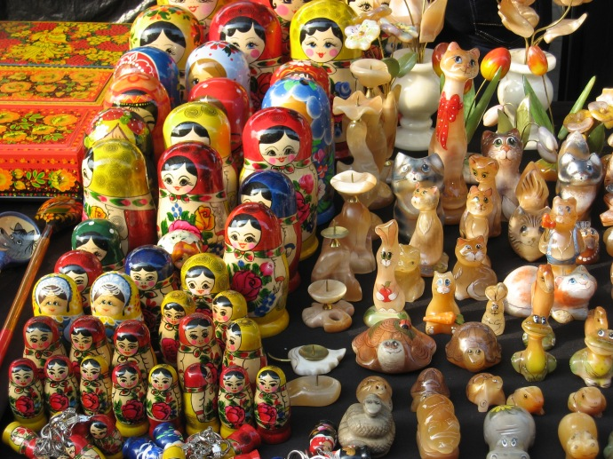 Street vendor's nested dolls and stone carved animals