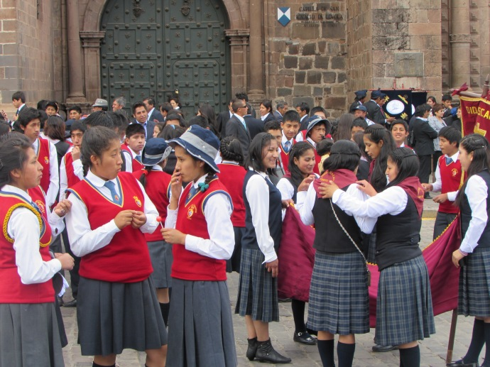 Cusco girls chatting before parade