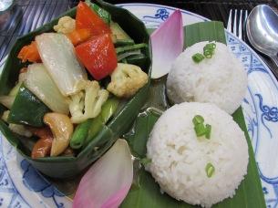 cam-food-veg-cashew-dish
