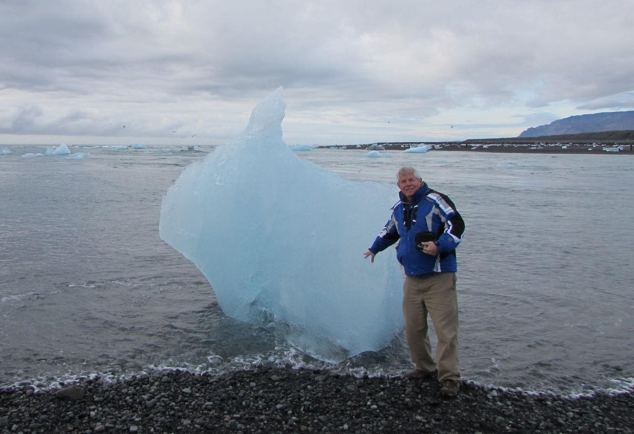 Ray with Iceberg
