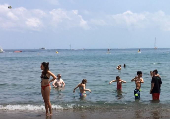 Barcelona beach Andrew and Oscar